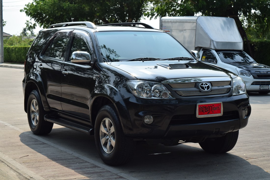 Toyota Fortuner 3.0 (ปี 2005 ) V SUV AT